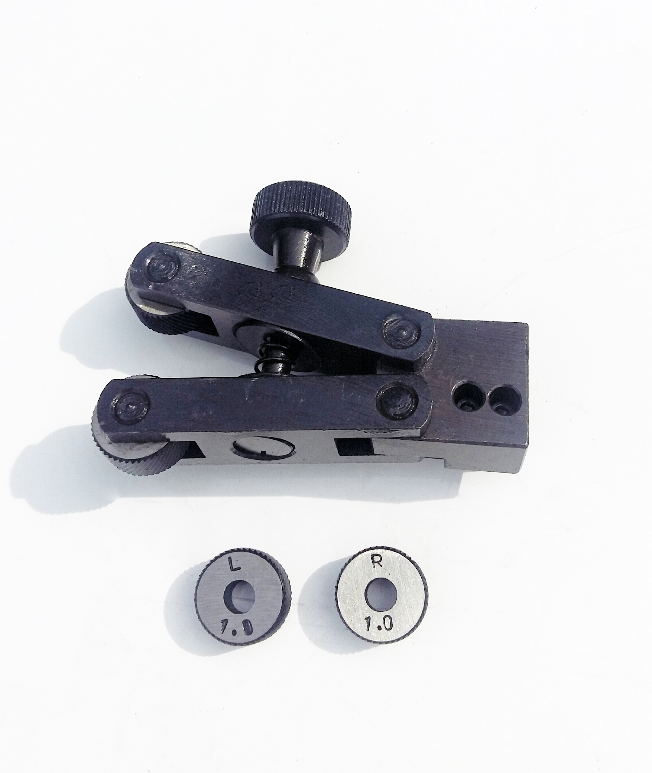 """Amadeal 4/"""" Round Vice for Rotary Table or Vertical Slide"""